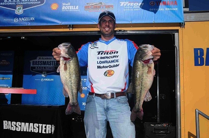 Missouri angler wins b a s s nation central regional bass for Academy sports fishing