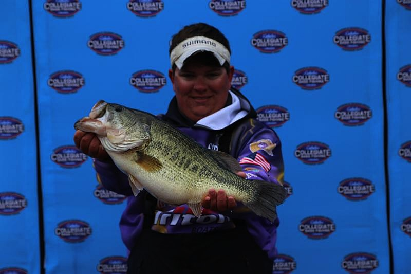 Cabela 39 s collegiate big bass bash presented by berkley for Cabelas college fishing